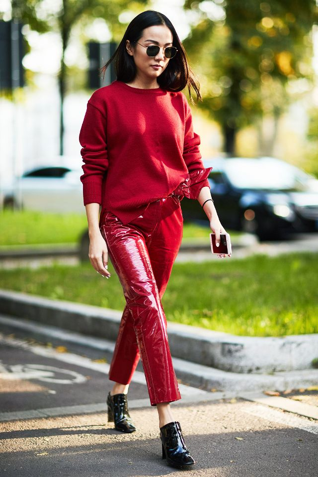 red-slim-pants-patent-leather-red-sweater-sun-black-shoe-booties-brun-howtowear-valentinesday-outfit-fall-winter-lunch.jpg