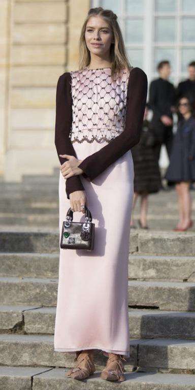 pink-light-maxi-skirt-pink-light-top-blonde-black-bag-tan-shoe-flats-howtowear-valentinesday-outfit-fall-winter-dinner.jpg