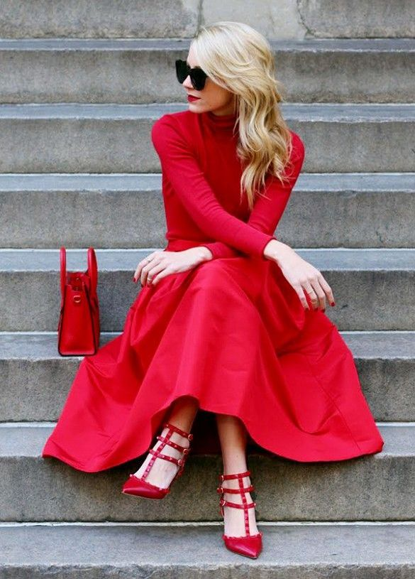 red-midi-skirt-red-tee-turtleneck-mono-red-shoe-pumps-red-bag-blonde-sun-howtowear-valentinesday-outfit-fall-winter-dinner.jpg