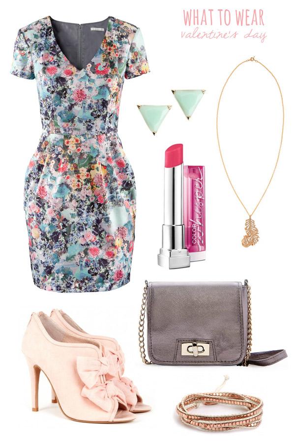 blue-light-dress-mini-print-pink-shoe-booties-gray-bag-studs-howtowear-valentinesday-outfit-fall-winter-dinner.jpg