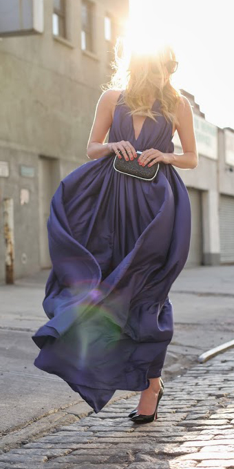 what-to-wear-for-a-spring-wedding-guest-outfit-purple-royal-dress-maxi-gown-black-bag-clutch-black-shoe-pumps-dinner.jpg