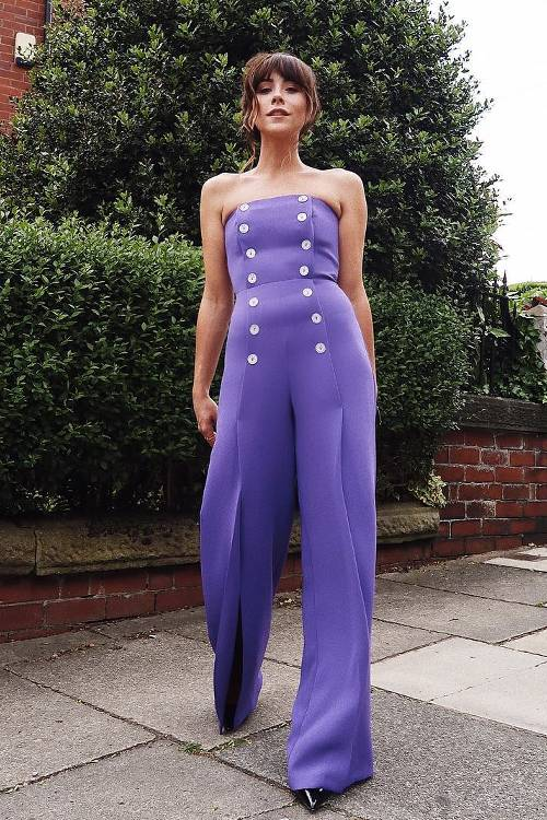 what-to-wear-for-a-spring-wedding-guest-outfit-purple-royal-jumpsuit-strapless-hairr-black-shoe-pumps-dinner.jpg