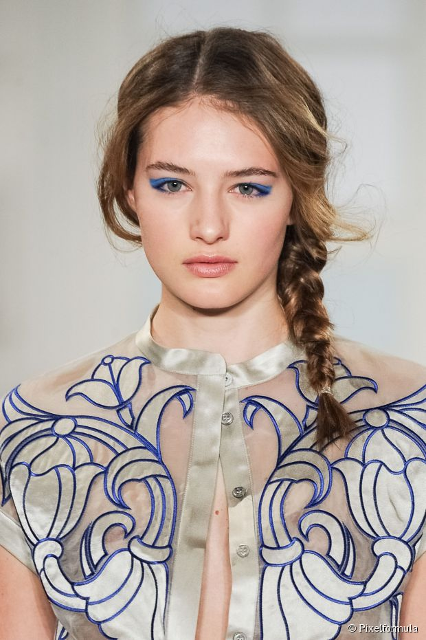 wedding-guest-hair-side-braid-updo-style-beauty-messy-elegant.jpg