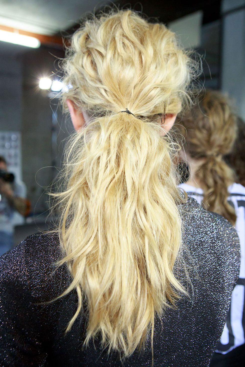 wedding-guest-hair-ponytail-style-beauty-ponytail-wavy-messy-low-pony.jpg