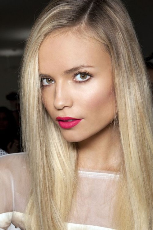 lips-how-to-do-your-makeup-for-wedding-guest-beauty-bold-pink-blonde.jpg