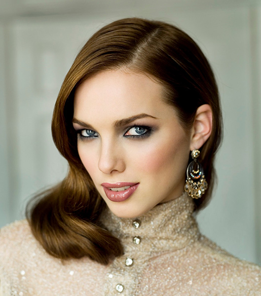 eyes-how-to-do-your-makeup-for-wedding-guest-beauty-smokey-eyes.jpg