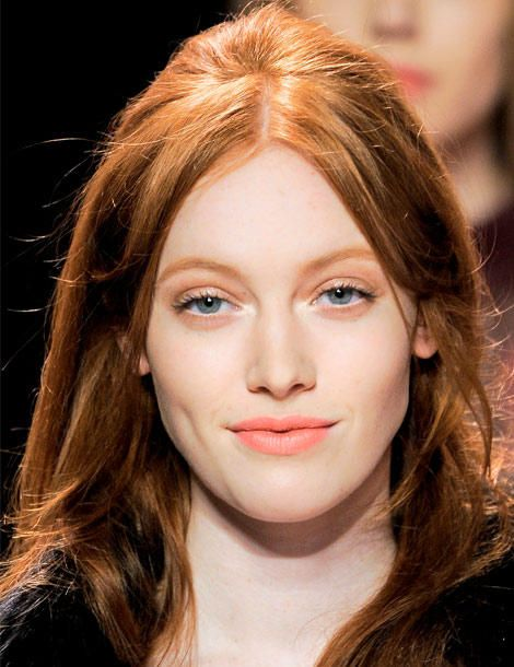 soft-natural-how-to-do-your-makeup-for-wedding-guest-beauty-peach.jpg