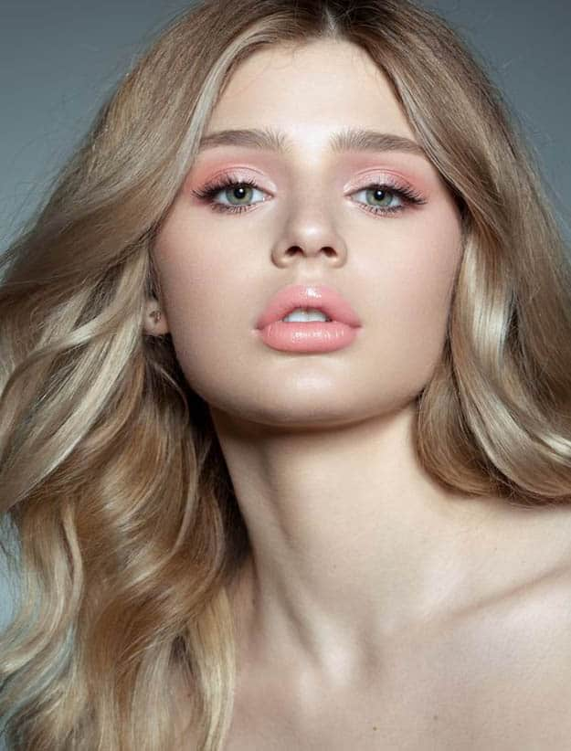 soft-natural-how-to-do-your-makeup-for-wedding-guest-beauty-pink-pastel-monochromatic.jpg