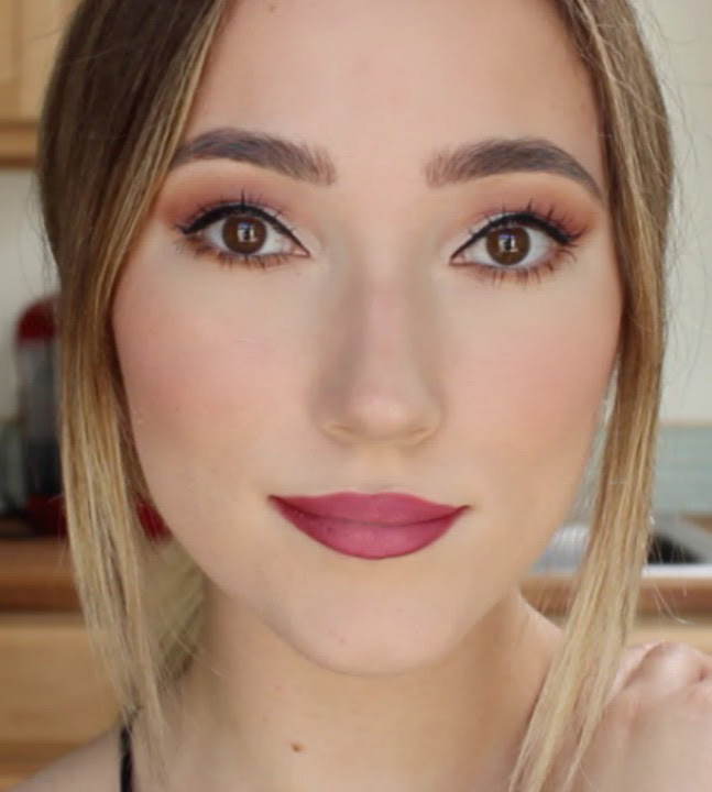 glam-how-to-do-your-makeup-for-wedding-guest-beauty-eyeshadow.jpg