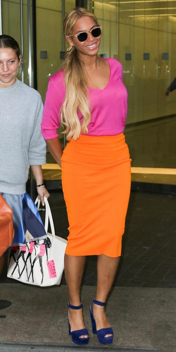 orange-pencil-skirt-pink-magenta-top-sun-pony-blue-navy-shoe-sandalh-beyonce-spring-summer-blonde-lunch.JPG