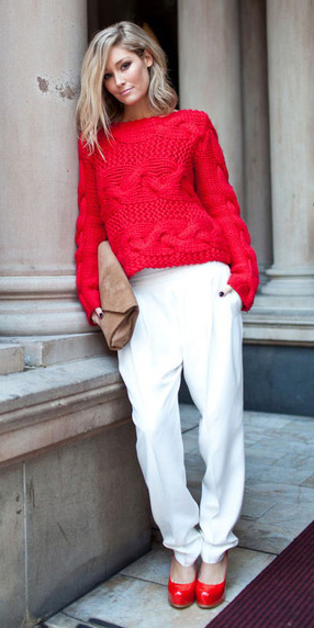 red-sweater-red-shoe-pumps-blonde-white-joggers-pants-fall-winter-lunch.jpg