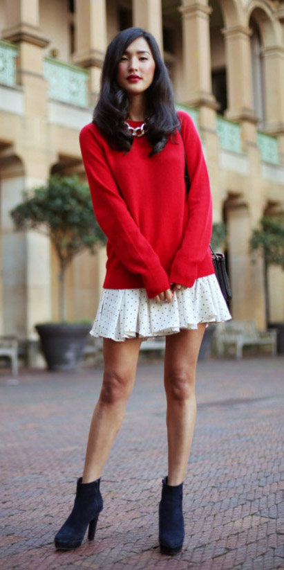 white-dress-mini-red-sweater-layer-chain-necklace-black-shoe-booties-black-bag-fall-winter-brun-dinner.jpg