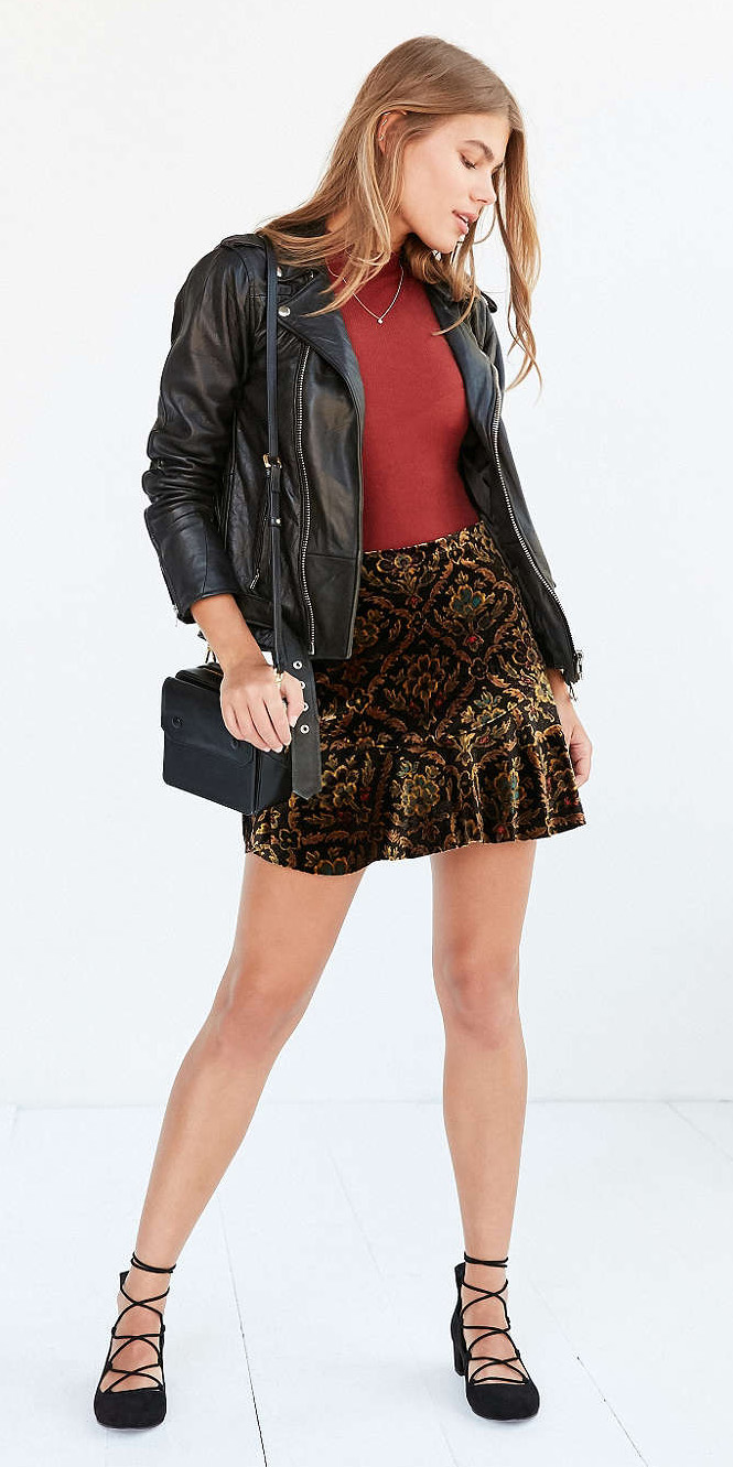 o-tan-mini-skirt-red-sweater-black-jacket-moto-black-bag-wear-style-fashion-fall-winter-gold-print-black-shoe-flats-urbanoutfitters-hairr-lunch.jpg