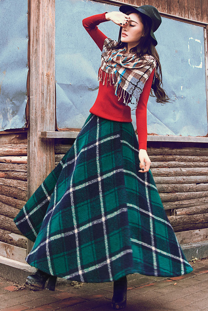 red-sweater-plaid-print-brun-hat-green-dark-maxi-skirt-fall-winter-lunch.jpg