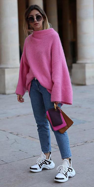 blue-med-skinny-jeans-pink-magenta-sweater-bellsleeve-white-shoe-sneakers-blonde-sun-fall-winter-weekend.jpg