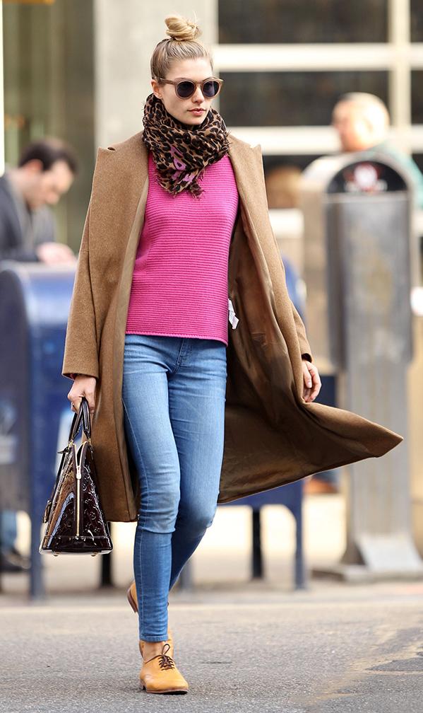 blue-med-skinny-jeans-r-pink-magenta-sweater-brown-scarf-leopard-black-bag-camel-jacket-coat-tan-shoe-brogues-sun-bun-jessicahart-howtowear-fashion-style-outfit-fall-winter-blonde-weekend.jpg