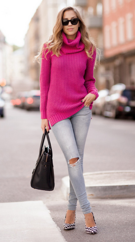 grayl-skinny-jeans-r-pink-magenta-sweater-turtleneck-white-shoe-pumps-black-bag-sun-howtowear-fashion-style-outfit-fall-winter-hairr-lunch.jpg