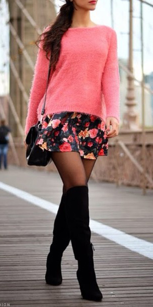 how-to-style-black-mini-skirt-floral-print-pink-magenta-sweater-black-tights-black-shoe-boots-black-bag-brun-fall-winter-fashion-dinner.jpg