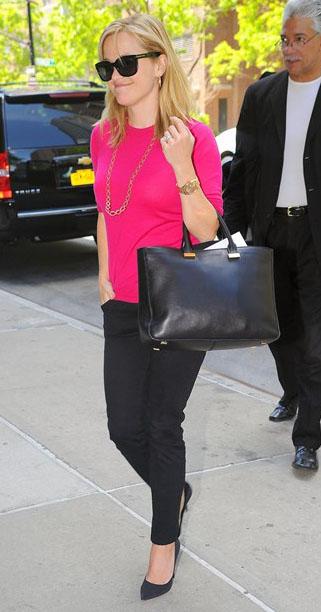 black-skinny-jeans-pink-magenta-sweater-necklace-black-bag-tote-black-shoe-pumps-reesewitherspoon-howtowear-style-spring-summer-blonde-work.jpg