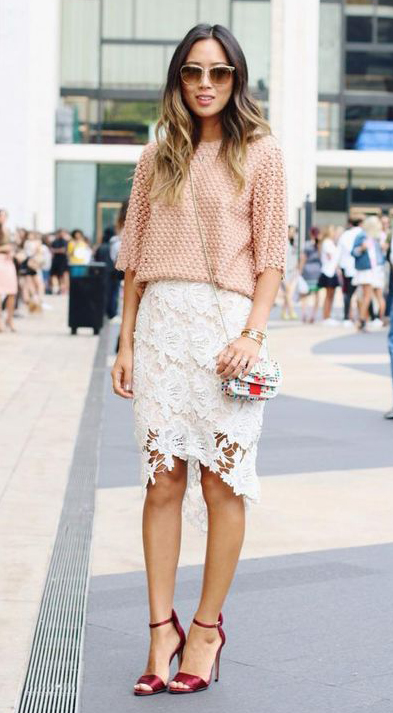 white-pencil-skirt-lace-peach-sweater-red-shoe-sandalh-white-bag-sun-howtowear-fashion-style-outfit-spring-summer-hairr-dinner.jpg