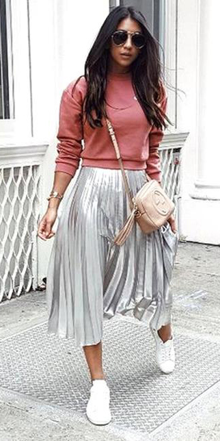 grayl-midi-skirt-silver-pleated-tan-bag-peach-sweater-sweatshirt-brun-sun-white-shoe-sneakers-fall-winter-weekend.jpeg