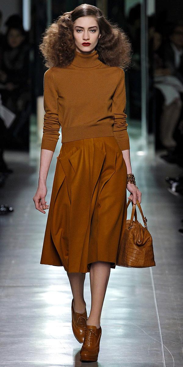 o-camel-midi-skirt-o-camel-sweater-turtleneck-cognac-bag-wear-outfit-fall-winter-cognac-shoe-booties-fashionrunway-hairr-work.jpg