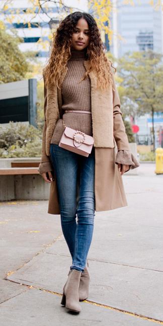 blue-med-skinny-jeans-pink-bag-fannypack-camel-sweater-turtleneck-tan-jacket-coat-hairr-tan-shoe-booties-fall-winter-lunch.jpg