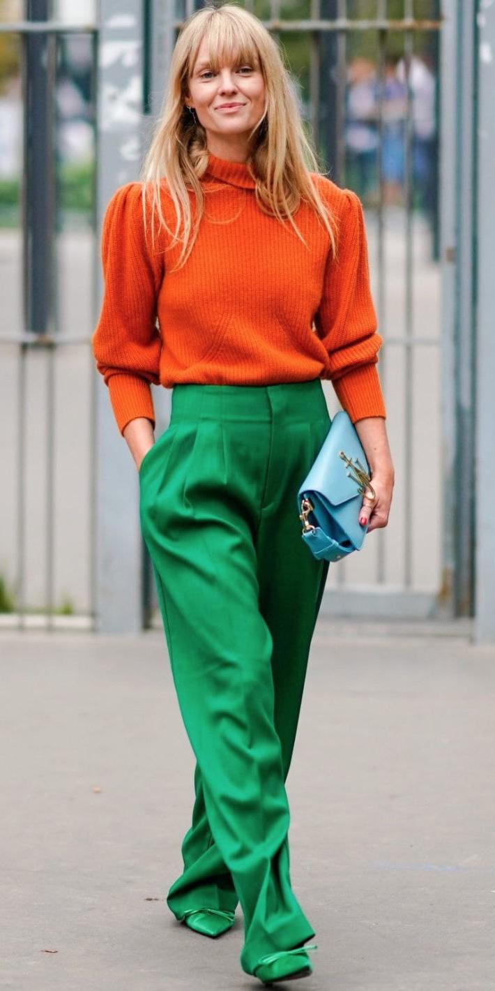 green-emerald-wideleg-pants-orange-sweater-blonde-green-shoe-pumps-blue-bag-fall-winter-lunch.jpg
