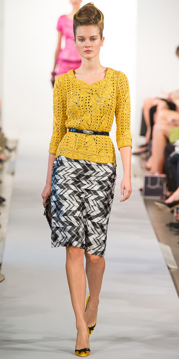 white-pencil-skirt-yellow-sweater-print-skinny-belt-bun-howtowear-style-fashion-spring-summer-yellow-shoe-pumps-cableknit-runway-hairr-work.jpg