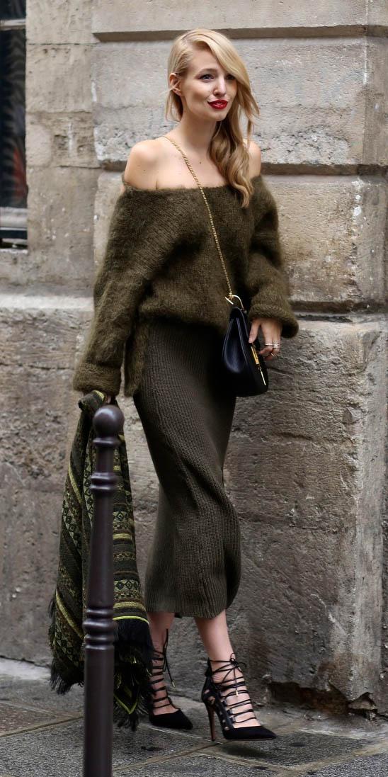 green-olive-midi-skirt-green-olive-sweater-top-offshoulder-black-shoe-pumps-black-bag-blonde-fall-winter-dinner.jpg