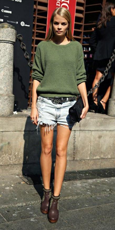 blue-light-shorts-denim-belt-green-olive-sweater-blonde-brown-shoe-booties-fall-winter-lunch.jpg