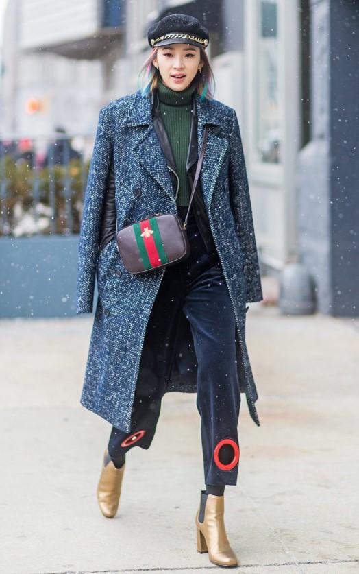 black-crop-jeans-black-bag-tan-shoe-booties-gold-hat-green-olive-sweater-turtleneck-layer-fall-winter-lunch.jpg