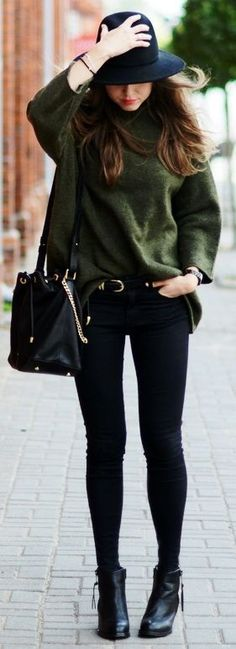 black-skinny-jeans-green-olive-sweater-howtowear-fashion-style-outfit-fall-winter-slouchy-black-shoe-booties-hat-black-bag-belt-hairr-weekend.jpg