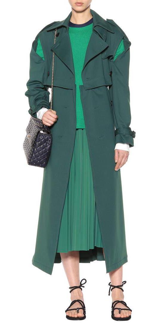 green-emerald-midi-skirt-pleat-green-emerald-sweater-black-bag-mono-black-shoe-sandals-green-dark-jacket-coat-trench-spring-summer-lunch.jpg