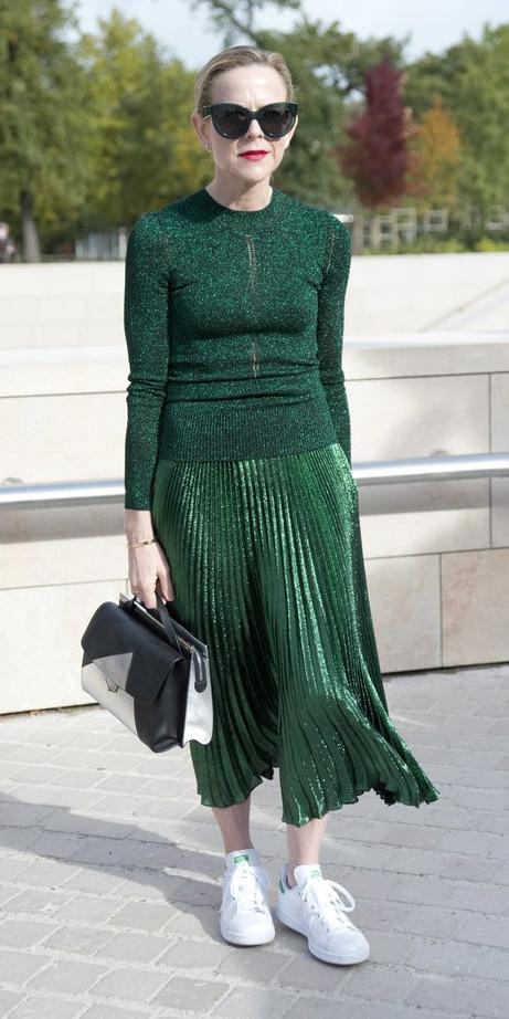 green-dark-midi-skirt-green-emerald-sweater-printed-white-shoe-sneakers-black-bag-sun-bun-fall-winter-blonde-lunch.jpg