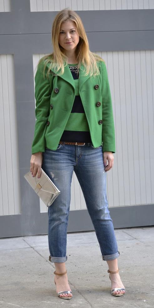 blue-med-boyfriend-jeans-green-emerald-sweater-bold-stripes-belt-tan-shoe-sandalh-blonde-green-emerald-jacket-coat-peacoat-fall-winter-lunch.jpg
