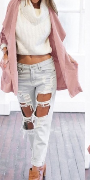 white-boyfriend-jeans-white-sweater-pink-light-jacket-utility-fall-winter-weekend.jpg