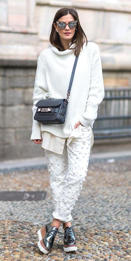 white-sweater-black-bag-gray-shoe-brogues-metallic-sun-hairr-white-joggers-pants-fall-winter-weekend.jpg