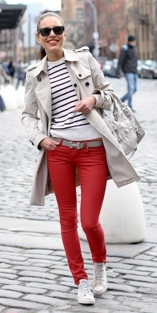 red-skinny-jeans-white-sweater-stripe-pony-hairr-sun-white-shoe-sneakers-belt-white-jacket-coat-trench-spring-summer-weekend.jpg