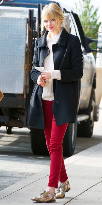 red-skinny-jeans-white-sweater-howtowear-style-fashion-fall-winter-black-jacket-coat-bun-tan-shoe-brogues-metallic-emmastone-celebrity-blonde-lunch.jpg