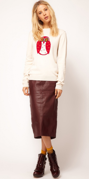 r-burgundy-midi-skirt-white-sweater-howtowear-fashion-style-outfit-fall-winter-graphic-sweatshirt-burgundy-shoe-booties-clip-socks-leather-blonde-lunch.jpg