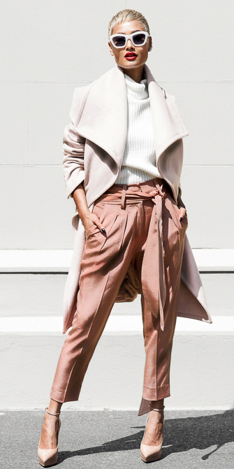 peach-culottes-pants-pink-light-jacket-coat-white-sweater-sun-tan-shoe-pumps-tonal-fall-winter-blonde-lunch.jpg