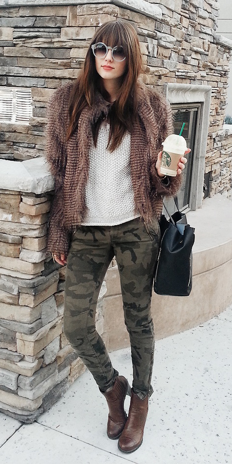 green-olive-skinny-jeans-camo-print-white-sweater-brown-shoe-booties-sun-brown-jacket-coat-fur-fuzz-fall-winter-brun-lunch.jpg