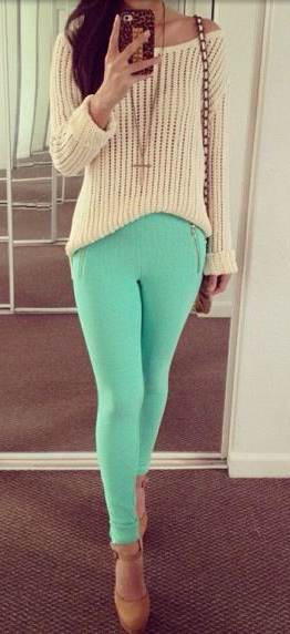 green-light-skinny-jeans-white-sweater-cognac-shoe-pumps-howtowear-fashion-style-outfit-spring-summer-weekend.jpg
