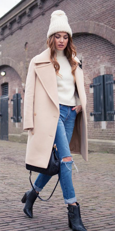 blue-med-skinny-jeans-black-shoe-booties-white-sweater-turtleneck-hairr-tan-jacket-coat-beanie-fall-winter-weekend.jpg