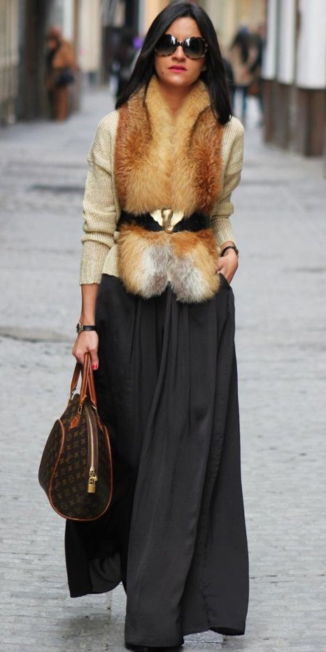 white-sweater-belt-brun-sun-brown-bag-tan-scarf-fur-stole-grayd-maxi-skirt-fall-winter-lunch.jpg