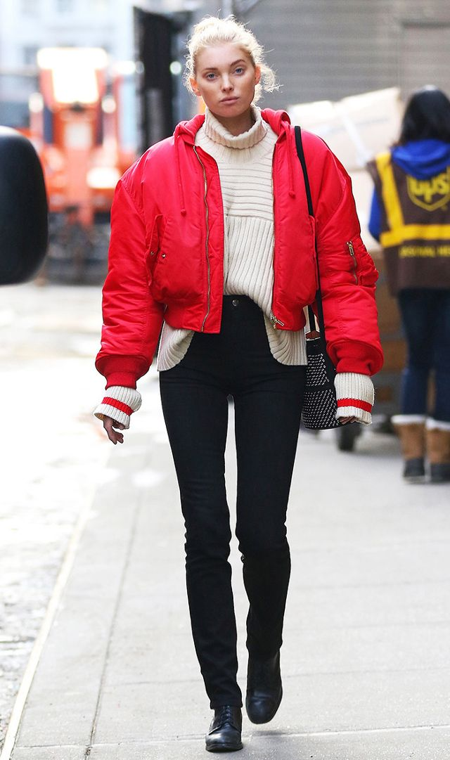 black-skinny-jeans-white-sweater-turtleneck-blonde-bun-red-jacket-bomber-black-bag-elsahosk-fall-winter-weekend.jpg