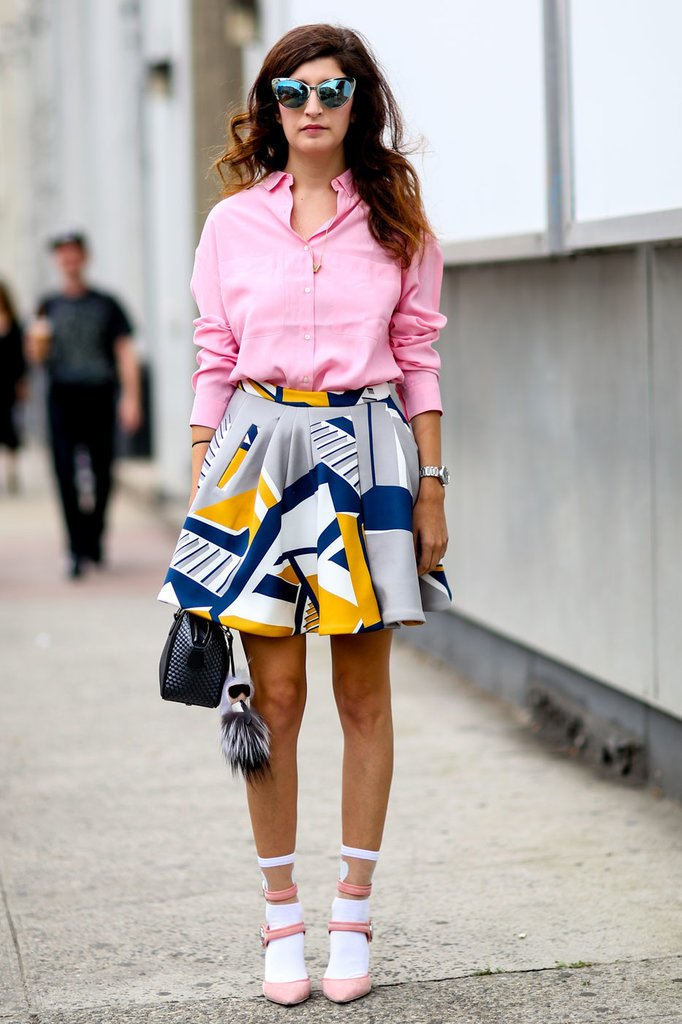 how-to-style-grayl-mini-skirt-print-pink-light-collared-shirt-hairr-sun-pink-shoe-pumps-socks-spring-summer-fashion-lunch.jpg