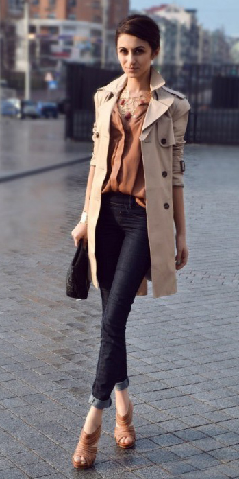 blue-navy-skinny-jeans-tan-jacket-coat-trench-cognac-shoe-sandalh-brun-bib-necklace-camel-collared-shirt-fall-winter-dinner.jpg