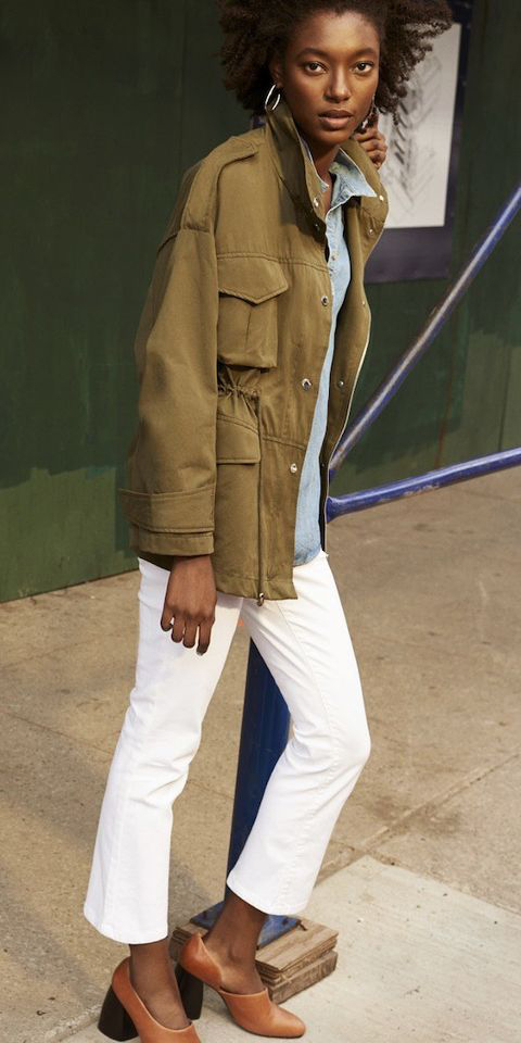 white-crop-jeans-blue-light-collared-shirt-green-olive-jacket-parka-cognac-shoe-pumps-brun-earrings-fall-winter-weekend.jpg